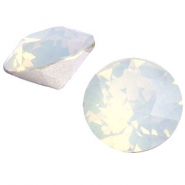 Swarovski Elements chaton SS29 (6.2mm) white opal