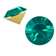 BQ Chaton SS29 Emerald green opal