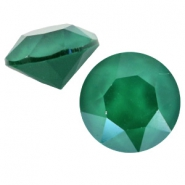 Swarovski SS 39 Chaton (8 mm) Crystal royal green